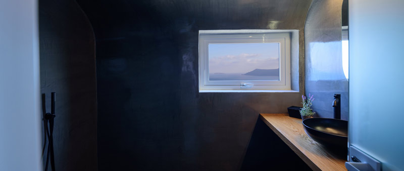 Strogili Studios with sea view in Oia Santorini