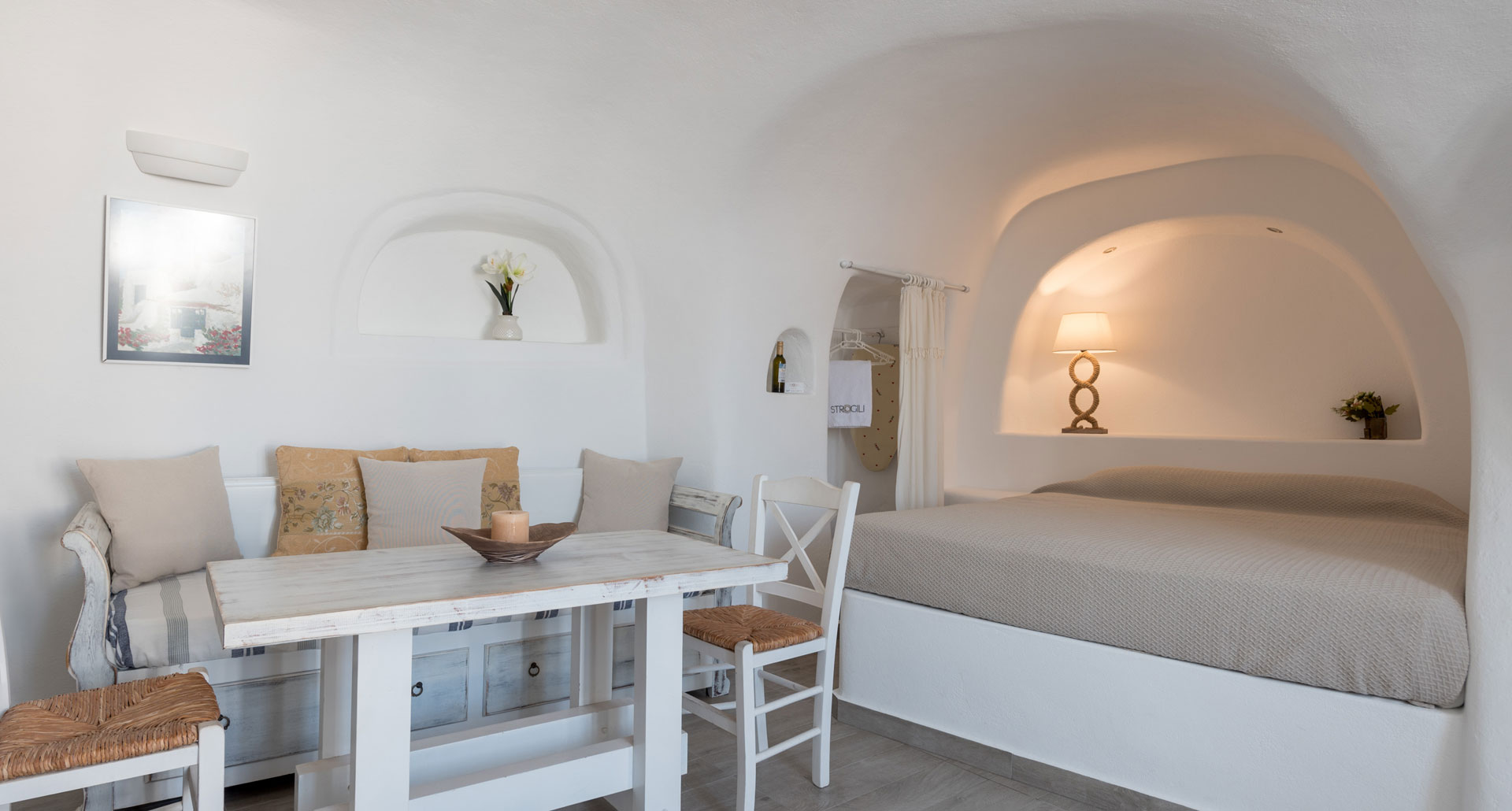 Superior Rooms in Oia Santorini