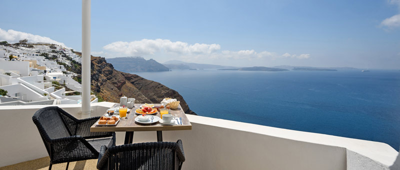 Strogili Studios in Oia Santorini with sea view