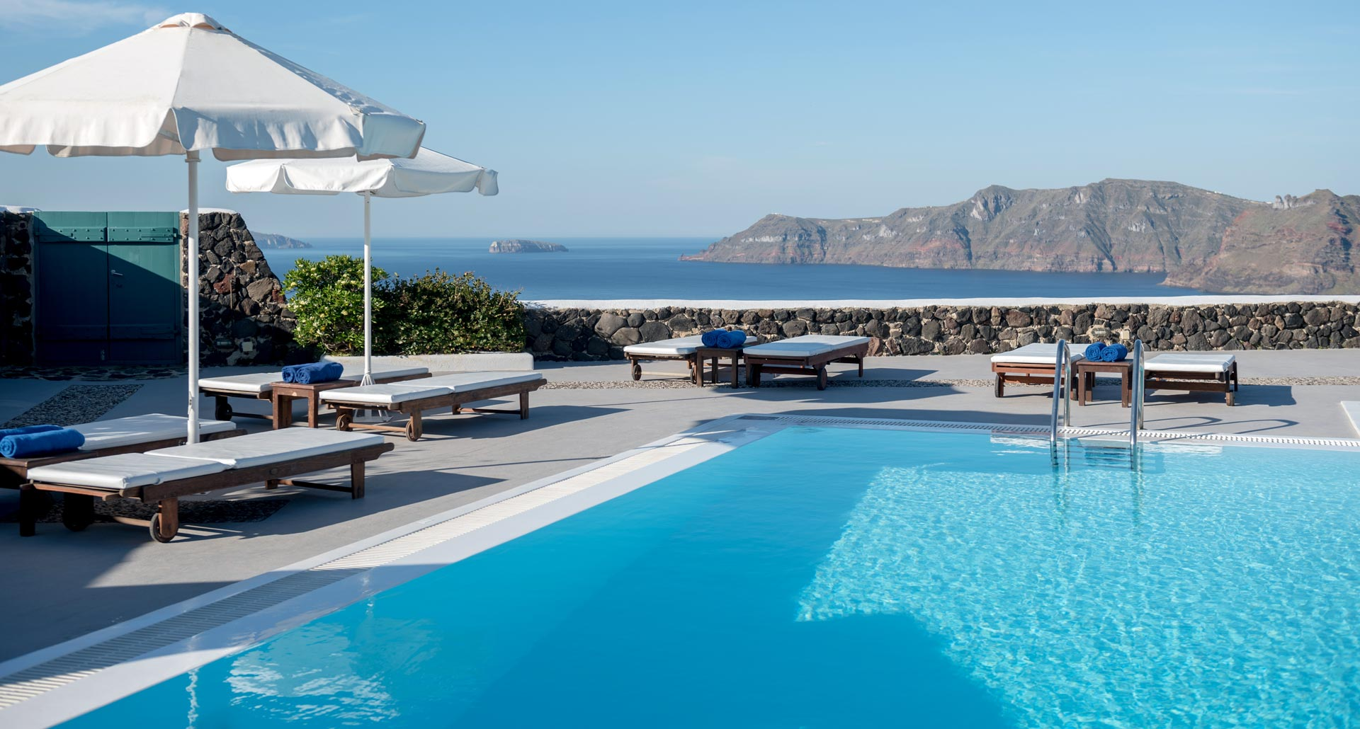 Santorini Studios and Apartments with pool